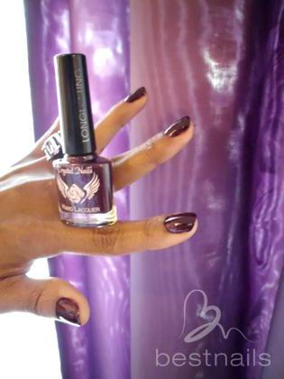 Maya Novakne - Con esmalte Crystal Nails No203 - 2014-05-08 15:24