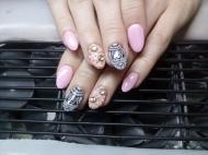 Best Nails - Akrillak diszitve
