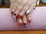 Best Nails - Minnie egér