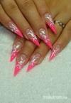 Best Nails - Brill pink stiletto egymozdulat virágokkal