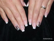 Best Nails - anita