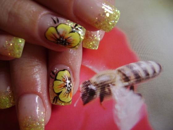 Németné Kiss Anita - Akril virág - 2010-09-18 15:58