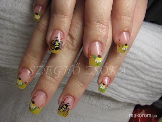 Szeghő Zsóka - méhecskés  - 2011-02-06 19:34