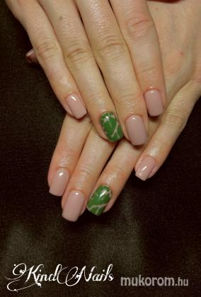 Kind Nails Studió - Géllakk - 2017-10-06 10:27