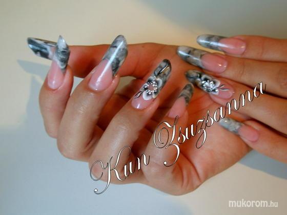 Kun Zsuzsanna - Pipe - 2011-02-21 22:53