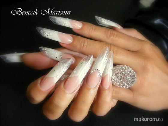 Bencsik Mariann - fehér edge - 2011-03-04 17:44