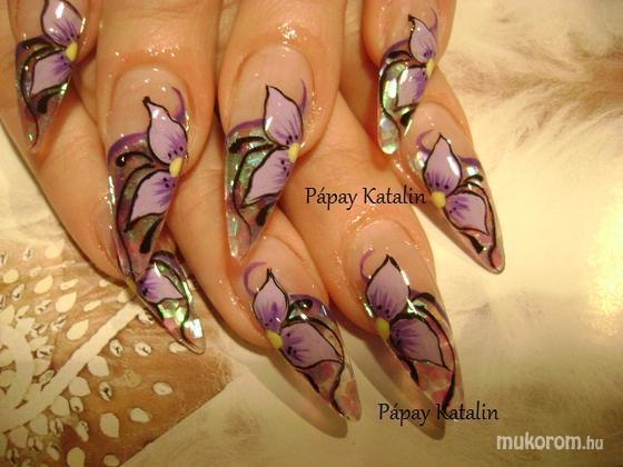 """Komm Kata (Kata Nails Stúdió)""""Crystal Nails Referenciaszalon"""" - lila virág - 2011-03-18 21:26"""