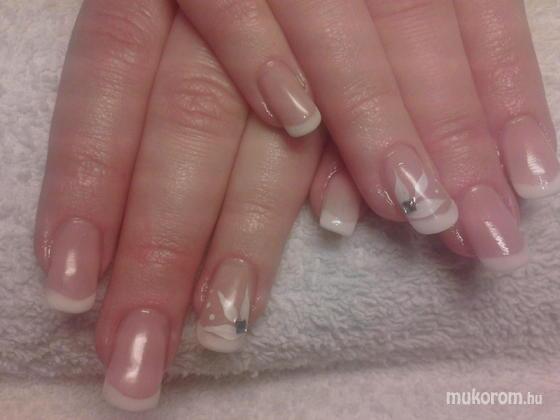 Heni nails - Szilvi - 2011-11-19 08:58