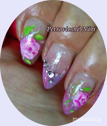 Petrovicsné  Nóri - magamnak rózsákat - 2011-09-10 08:02