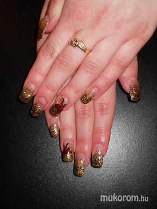 Emi - Gina zselés arany leopárd mintás masnis - 2011-12-13 22:46