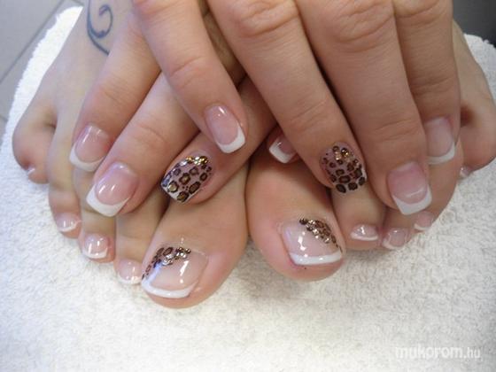 Goór Valéria - Kéz és láb zselé barna állatmintával - 2012-01-16 18:37