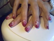 red nails for little red pearls