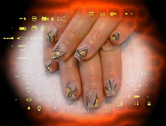 Györené Csertán Gyöngyi - Pink Cadillac Professional Nails Körömszalon - Györené Csertán Gyönygi - 2009-07-20 12:12