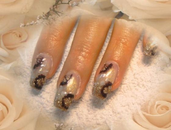Györené Csertán Gyöngyi - Pink Cadillac Professional Nails Körömszalon - Györené Csertán Gyönygi - 2009-07-20 12:19