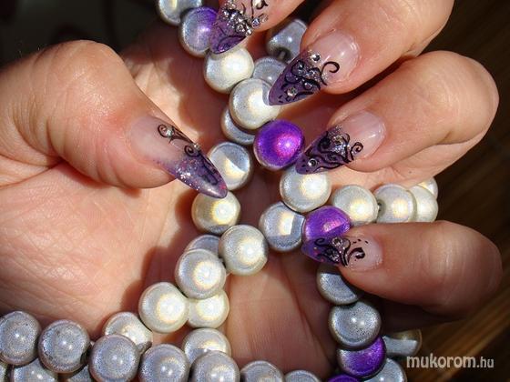 Csiki Zsanett - Világító Gyöngyökkel Opál Imádat - 2011-02-13 10:10