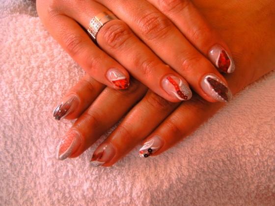 Györené Csertán Gyöngyi - Pink Cadillac Professional Nails Körömszalon - Györené Csertán Gyönygi - 2009-07-20 13:42