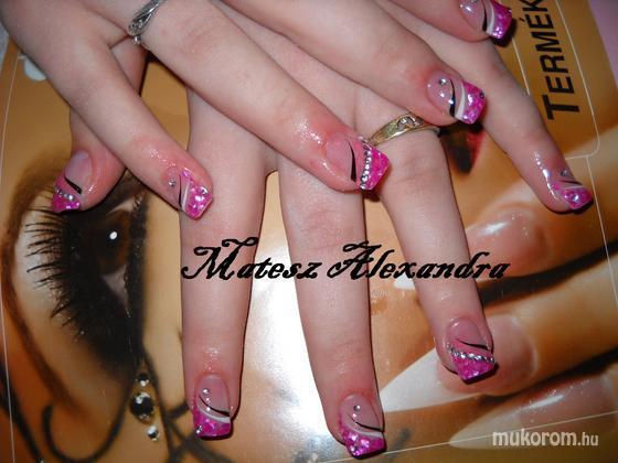 Matesz Alexandra - kagylós - 2011-05-07 19:48