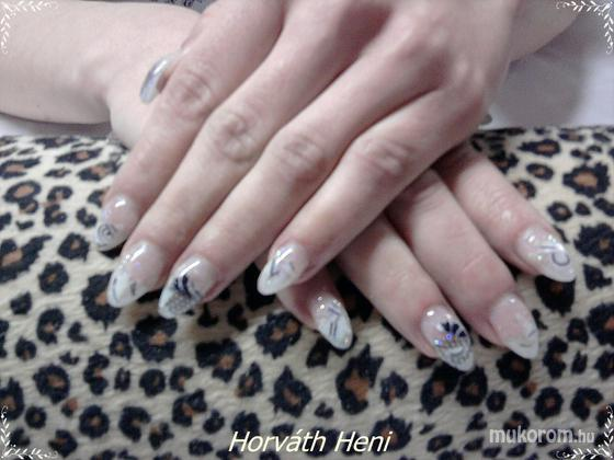 Horváth Henrietta - mozaik - 2011-06-05 17:54