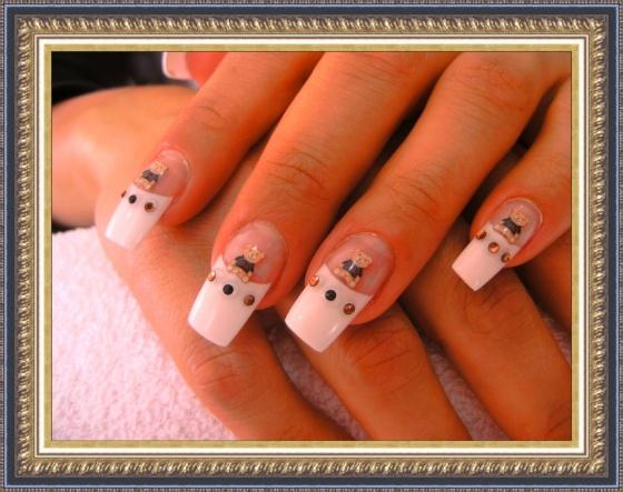 Györené Csertán Gyöngyi - Pink Cadillac Professional Nails Körömszalon - Györené Csertán Gyöngyi - 2009-09-12 18:48