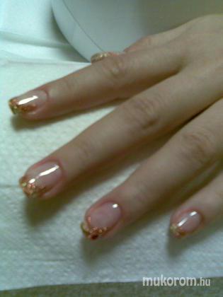 Papp Melinda - arany széllel - 2011-10-30 15:09