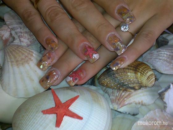 Koncsik Beáta - Tengeri kagylós - 2011-11-02 15:11