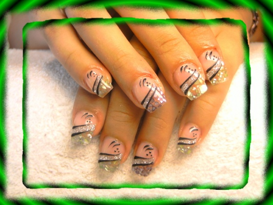 Györené Csertán Gyöngyi - Pink Cadillac Professional Nails Körömszalon - Györené Csertán Gyönygi - 2009-07-20 11:04