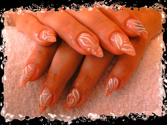 Györené Csertán Gyöngyi - Pink Cadillac Professional Nails Körömszalon - Györené Csertán Gyönygi - 2009-07-20 11:33