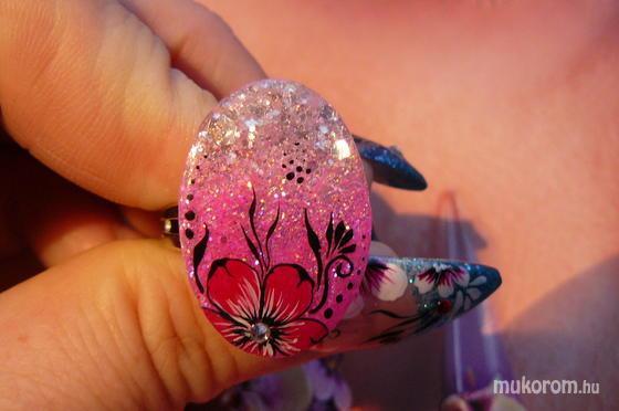 Zádori - Menyhárt Noémi - pink - 2011-10-19 21:30
