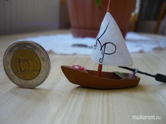 Klopcsik Imre - porcelán hajó - 2011-10-24 14:13