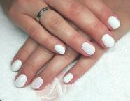 Best Nails - Zsófinak esküvőre