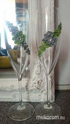 nászajándékba pezsgőspohár diszités - Esküvői műköröm minták