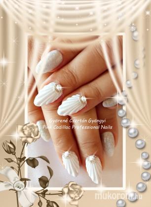 Györené Csertán Gyöngyi - Pink Cadillac Professional Nails Körömszalon - Wedding nail art - 2018-03-03 09:34