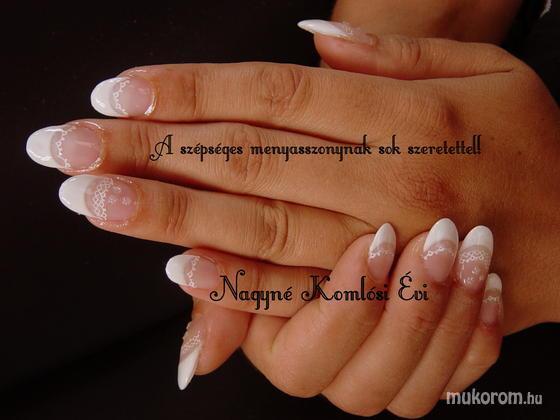 Nagyné Komlósi Éva - a szépséges mennyasszonynak - 2012-01-04 15:50
