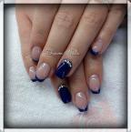 Best Nails - Blue and swarovski