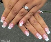 Best Nails - hozott kép alapján
