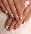 Best Nails - Francia kövekkel