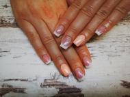 Best Nails - Francia csillogós fénnyel