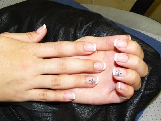 Attila köröm - Az új manicure tip használatával - 2010-09-17 08:28