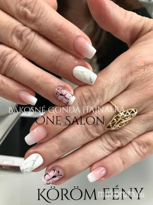 One salon - One - 2018-04-28 08:55