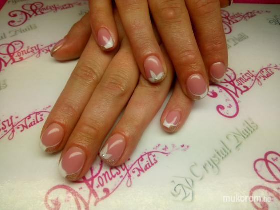 Magyar Niki - Moncsy Nails  Műkörmös - Francia - 2018-07-01 11:11