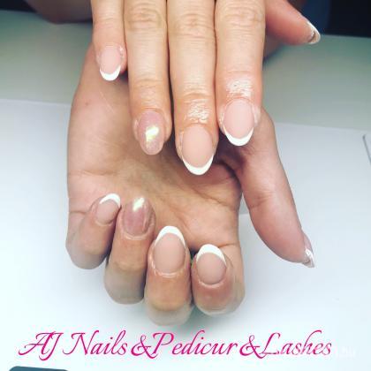 AJ Nails & Pedikur & lashes - Oooo - 2018-08-04 23:29