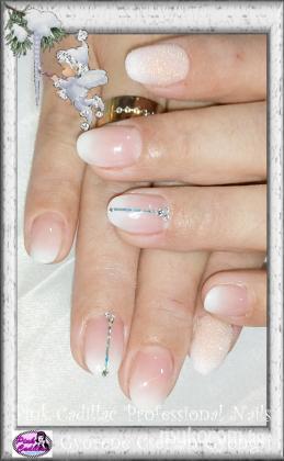 Györené Csertán Gyöngyi - Pink Cadillac Professional Nails Körömszalon - Babyboomer nail art - 2018-12-30 20:51