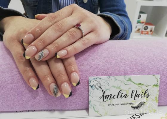 AmeliaNails - Manicura Francesa atrevida pero elegante - 2019-06-06 12:14