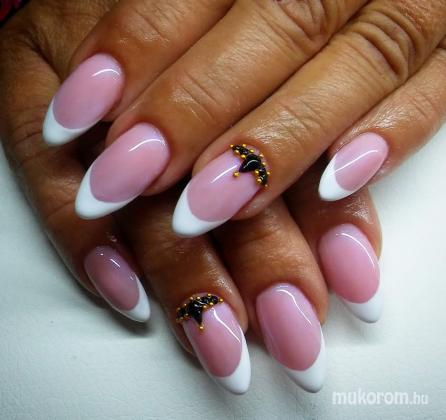 Gi' Nails - Francia köves - 2020-11-04 16:54