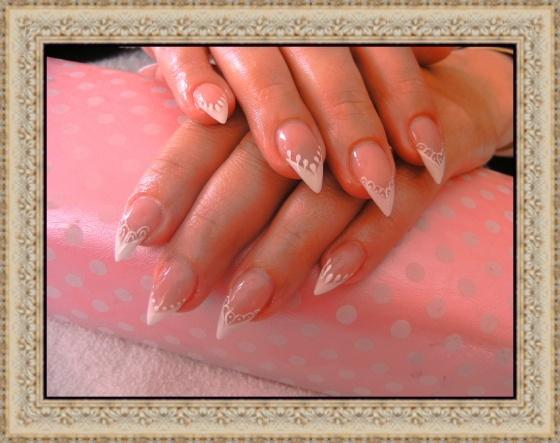 Györené Csertán Gyöngyi - Pink Cadillac Professional Nails Körömszalon - Györené Csertán Gyönygi - 2009-07-20 14:52
