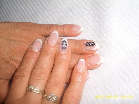 Torda Magdolna - Rózsinak kérésre köveket - 2011-09-29 21:07