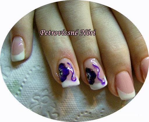 Petrovicsné  Nóri - Nikinek francia lila virággal - 2011-11-27 13:32