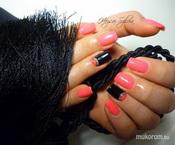 Pink és fekete