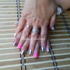 Rózsaszín és ezüst chrome gél lakk