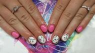 Best Nails - rózsaszín és virágok